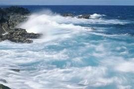 世界最长的暗礁 大堡礁绵延伸展共有2011公里